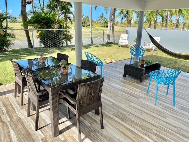 Amazing Getaway Home for 8 ! Beach, Pool & Golf