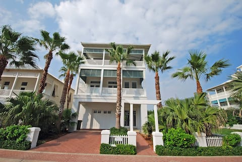 4 Bed Beach House!  Beautiful views of the ocean and the bay!