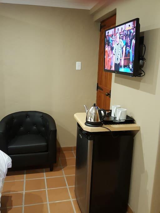 Satellite TV, Fridge, Tea & Coffee