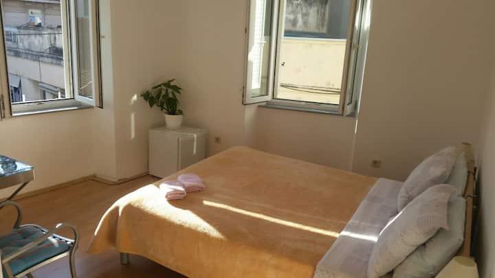 Romantico apartment *Top Center*