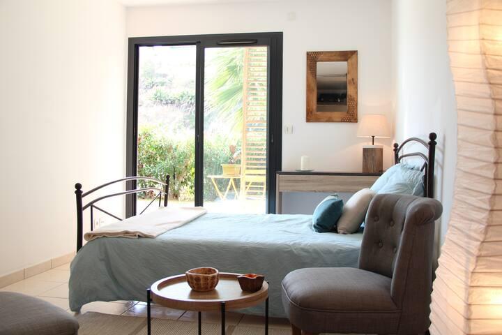 Chambre avec Dressing, sur Terrasse et Jardin