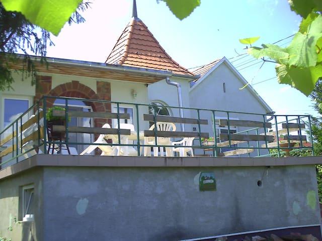 strand,tenisplaz,reithof,Markt,Restaurant - Fonyód - Byt