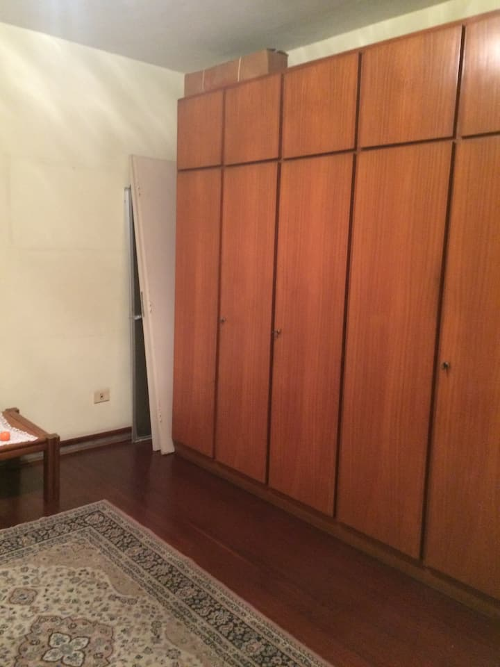 Quarto Inteiro Individual Centro Guarulhos