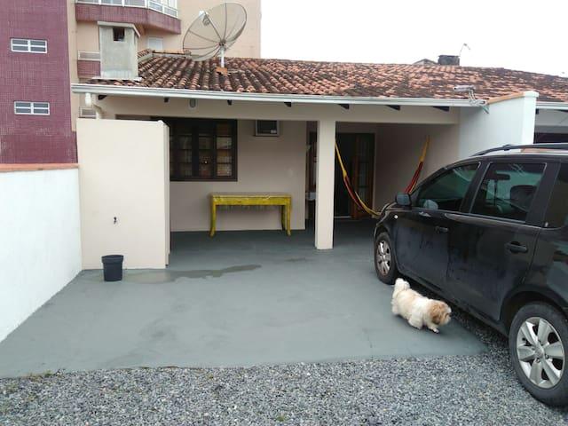 Casa com 2 quartos próximo  Prainha - São Francisco do Sul - Ev