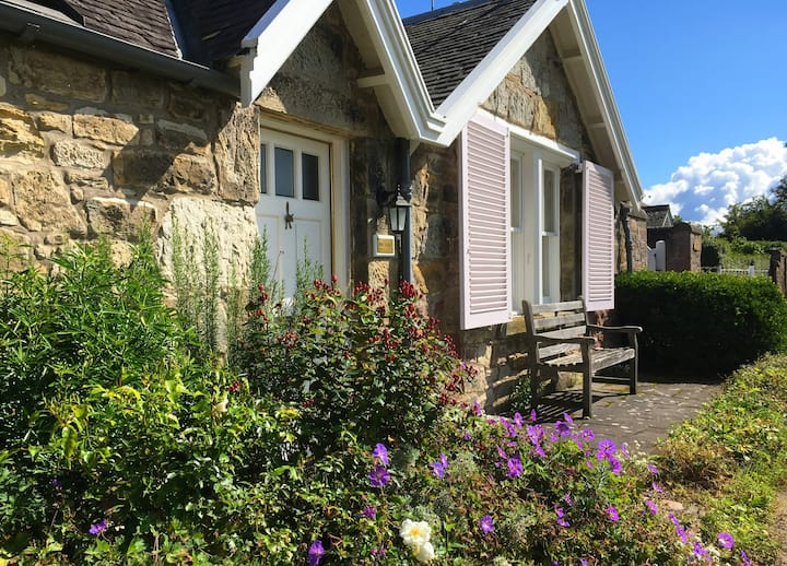 Charming cottage in the heart of Gullane