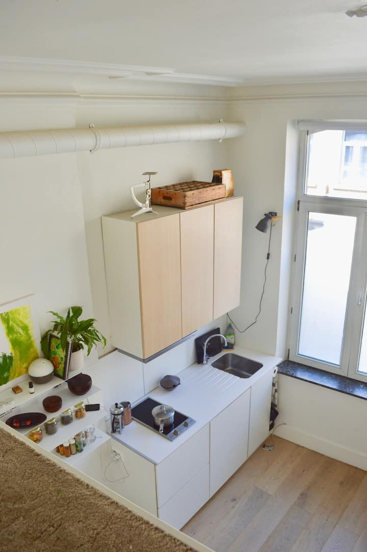 Lovely and convenient studio nearby Downtown Namur