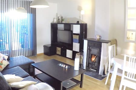 Nice apartment with a cozy fireplace - Oslo - Appartamento