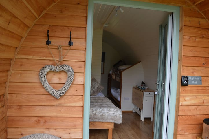 The Highland, Luxury Glamping - Sleeps 4