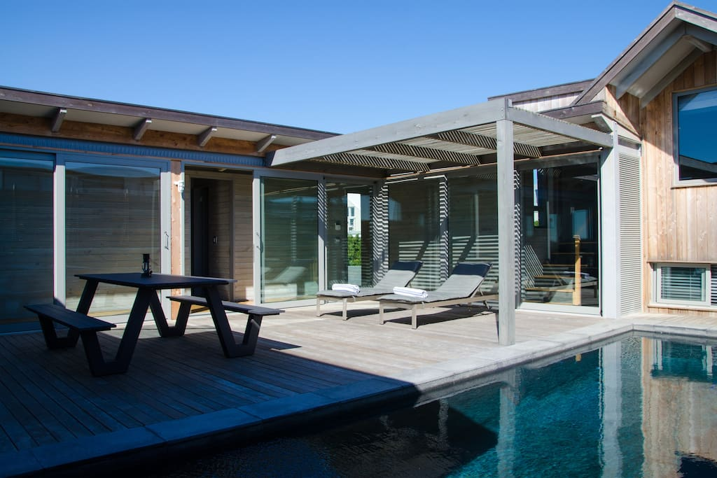 Secluded Internal Courtyard, Solar Heated Swimming Pool