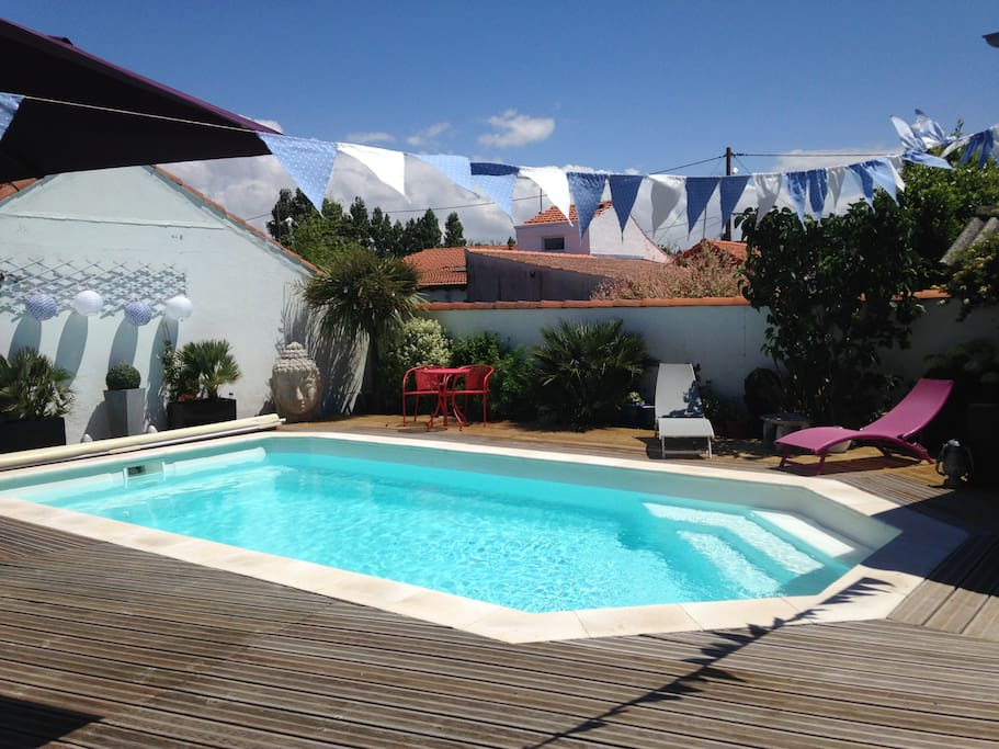 Villa m lina houses for rent in ch telaillon plage for Chatelaillon piscine