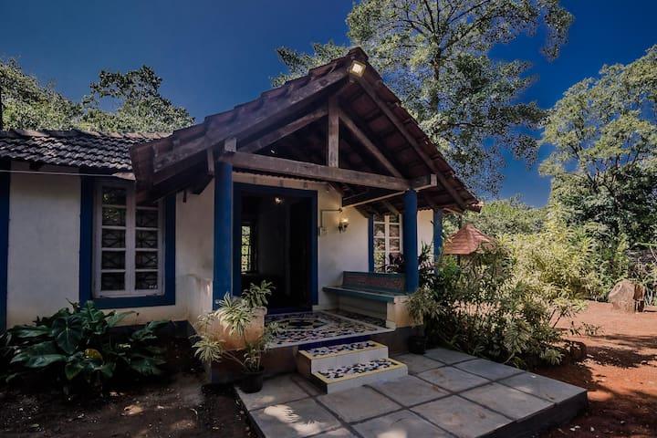 Discounted! Cosy 1BHK Cottage near St. Cajetan Church (850m)