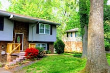 Beautiful house.  Big full grown trees.  Safe and quiet neighborhood