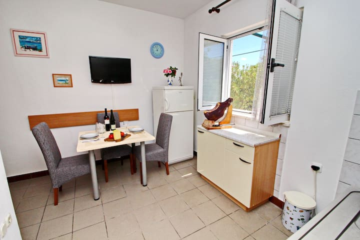 Neven-One Bedroom Apartment (Terrace,Garden View)