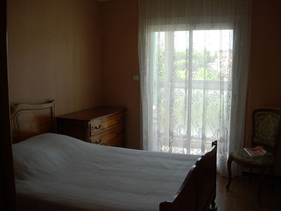 chambre 1 avec placard