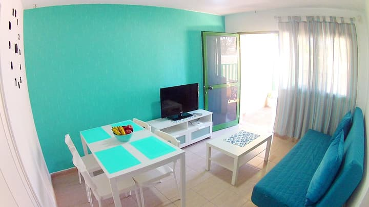 3 rooms bungalow near ocean up to 5 persons