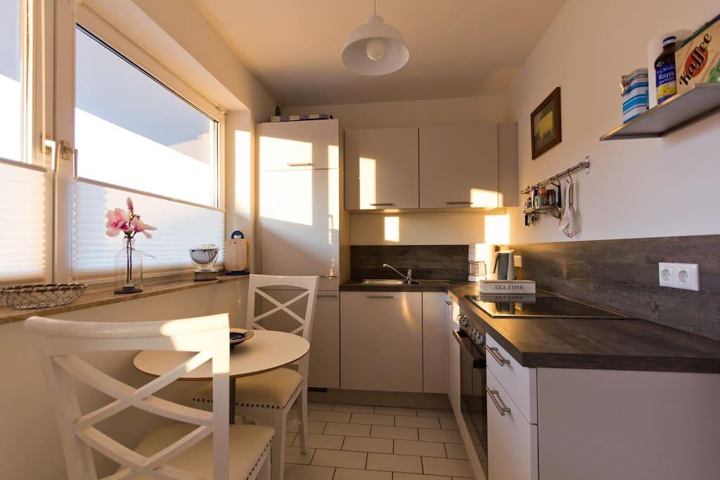 sehr helle und gro z gige 2 zimmer ferienwohnung wohnungen zur miete in sankt peter ording. Black Bedroom Furniture Sets. Home Design Ideas