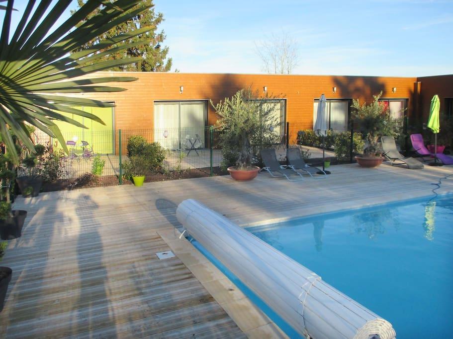 Chambres avec vue sur piscine