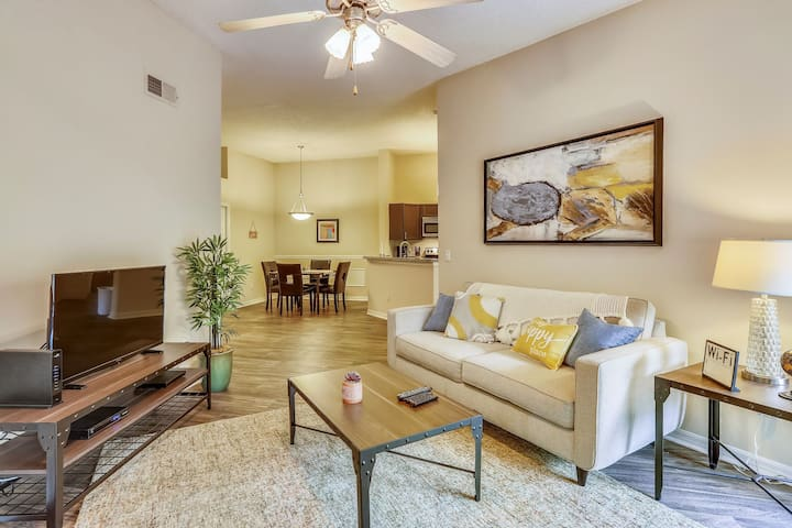 Spacious Furnished 2BR w/ Amazing Amenity Access!