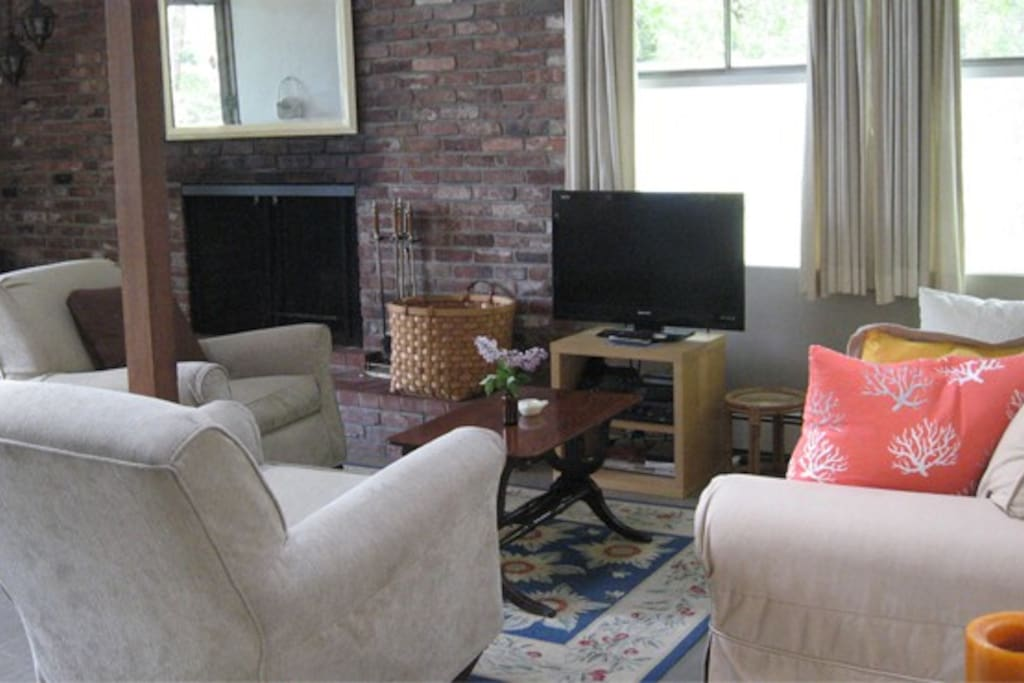 Family Cottage Lounge