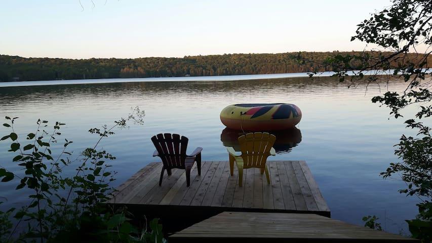 Rustic Oudaze Lake Cottage - Huntsville