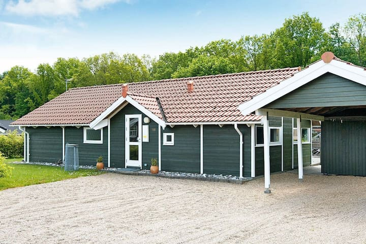Gorgeous Holiday Home in Juelsminde near Sea