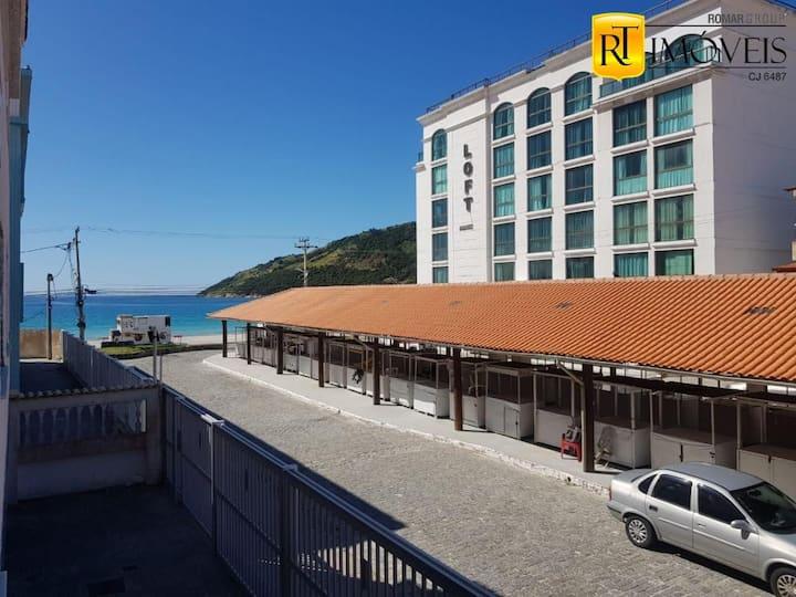 Apartamento confortável com vista para o mar