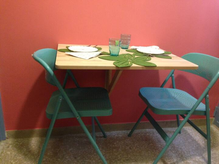 Brand-new little jewel artistic apartment-Exarchia