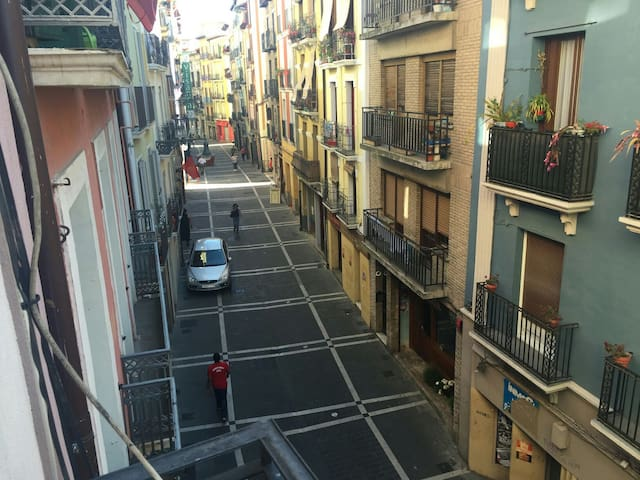 San Fermin - Perfect for 6 people - Pamplona - Byt