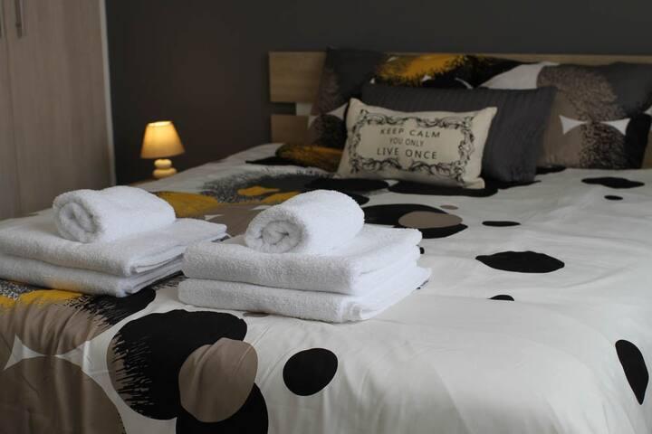 Double Bedroom 1 Bedroom Apartment