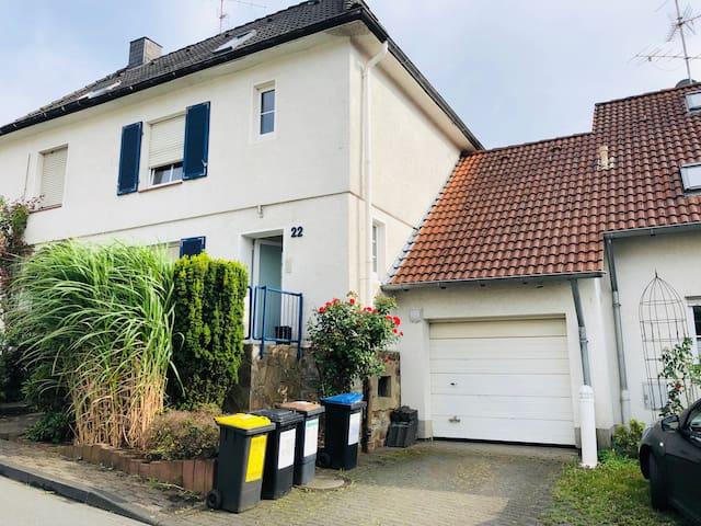 127 qm: Haus mit Garten nahe Phönixsee, 4 Zimmer
