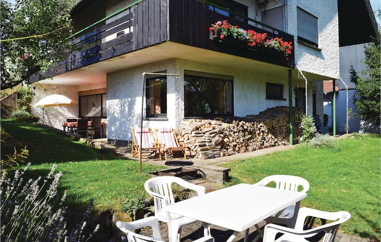 Holiday apartment with 2 bedrooms on 92 m² in Weiskirchen
