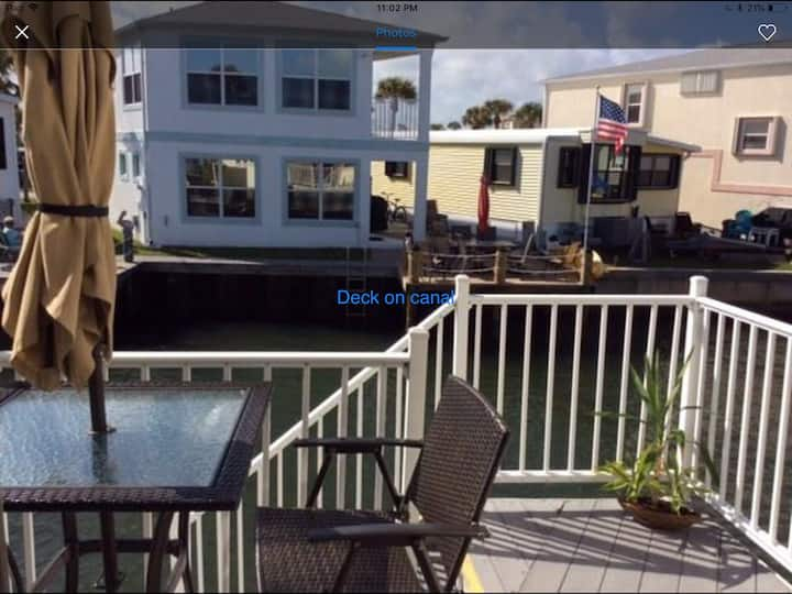 Nettles Island on the Water Home with golf cart
