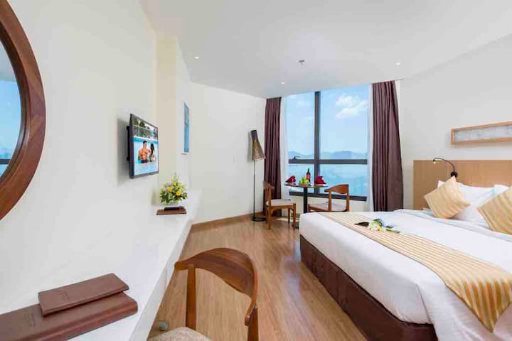 KiiM Beachfront 4* Deluxe King Studio PrivateBeach