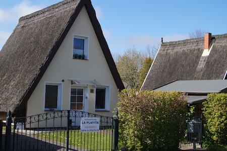 Gemütliche Finnhütte in Börgerende an der Ostsee - Börgerende-Rethwisch - 獨棟