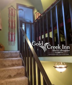 Gold Creek Inn B&B Aizen Loft - Nevada City - Bed & Breakfast