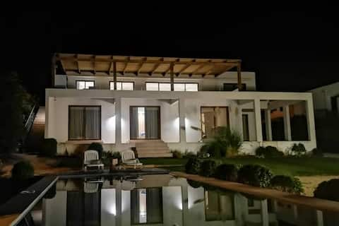 Exquisita casa para disfrutar en familia/familias