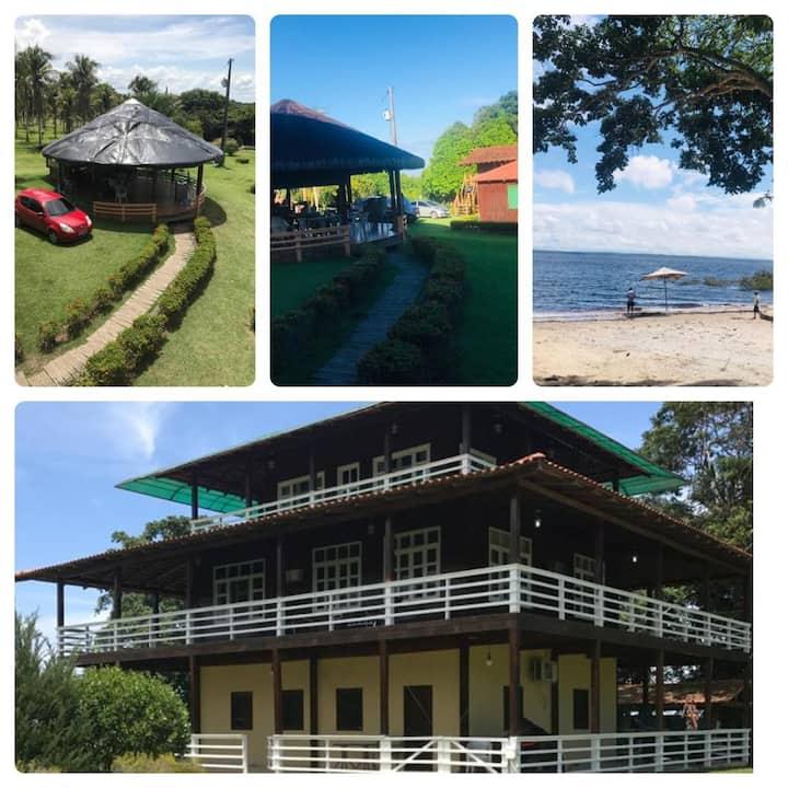 Linda casa de campo com praia e piscina privativa!