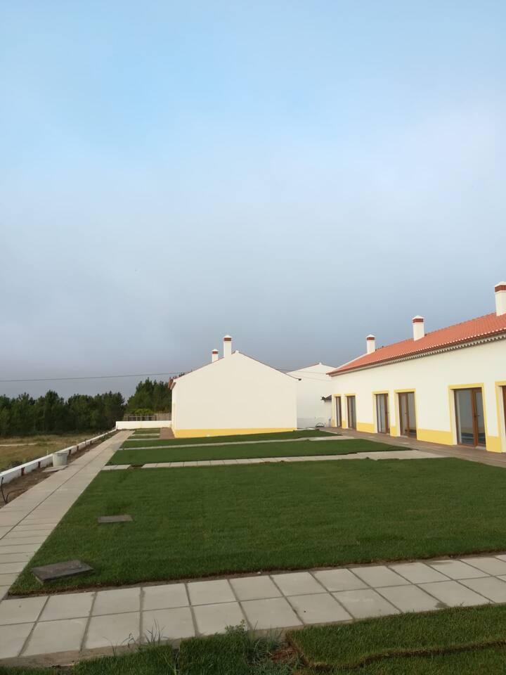 Vila Lira - O mar e a natureza tão perto