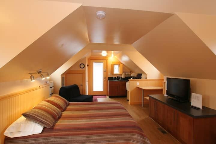 Jailhouse Suites Loft