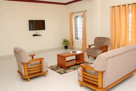 holidayincoorg Orchid villa - Bed & Breakfast
