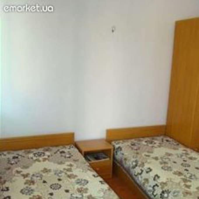 Спальня трехместная второй этажа