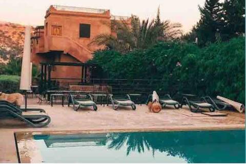 Saras Wohnung ♥Berg, Sonnenuntergänge & Chill ♥ Taghazout