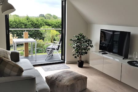 A modern, self-contained countryside apartment