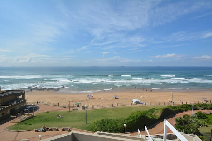 502 Marbella Beach Apartment, Umhlanga