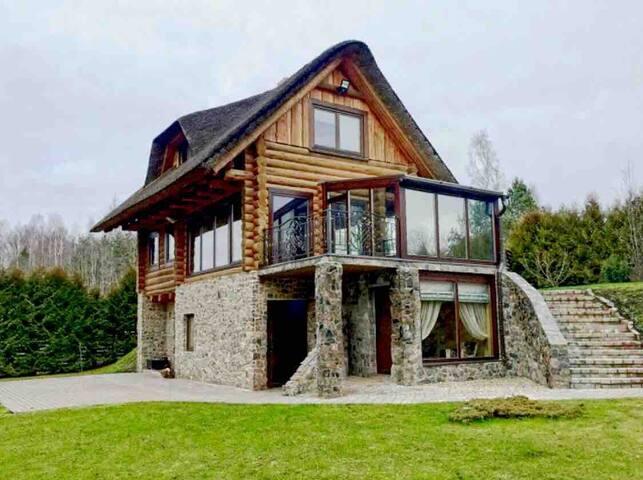 Riverside Romantic Villa