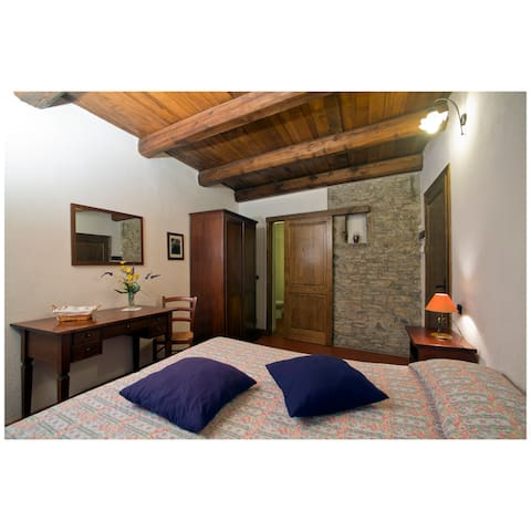 Camera nel borgo antico di Apella - Apella - Wikt i opierunek