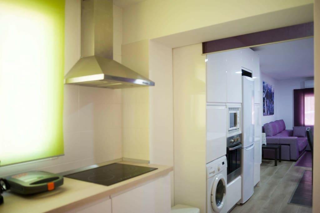 CPLinLAS ARENAS Open Kitchen