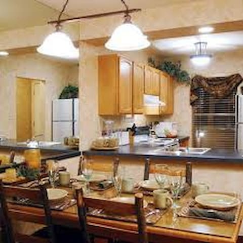 Legacy Vacation Club Steamboat Springs  Suites 2BR