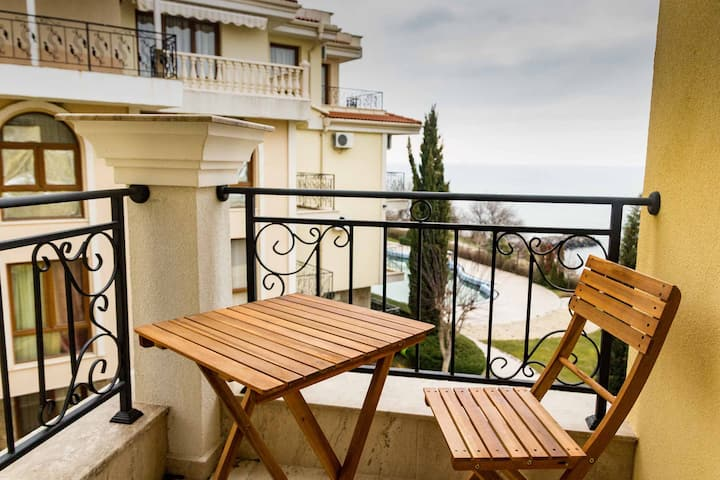 Beachfront Sea View Studio in Saint  Vlas