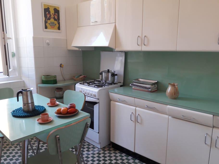 50's kitchen!